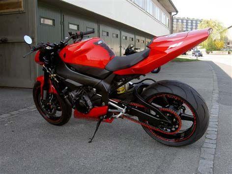 D.A.Yamaha R1